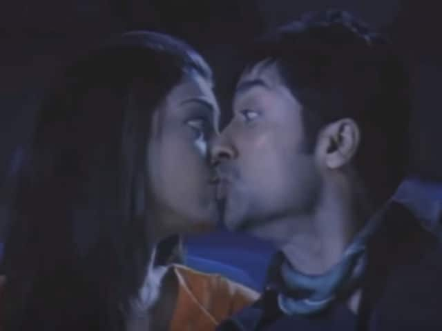 How Kajal Aggarwal Kissed Suriya in South Film. The Truth is Hilarious