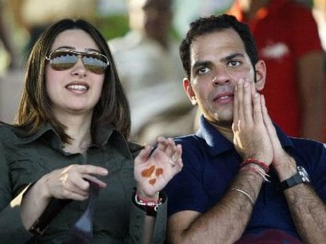 Karisma Kapoor Now Officially Divorced From Sunjay Kapur