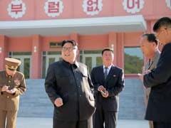 किम जोंग उन की आलोचना करते पर्चे उत्तर कोरिया के आसमान में छोड़े गए...