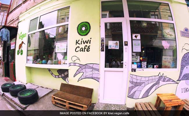 Men Wearing Sausage Necklaces Lob Meat At Vegans In Tbilisi Cafe Brawl