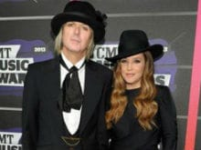 Lisa Marie Presley Files for Divorce From Michael Lockwood