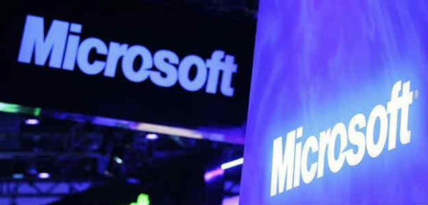 Moody's Reviews Microsoft Rating For Downgrade; S&P Affirms