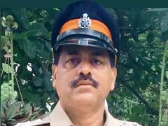 Mumbai: Out On Family Dinner, Fearless Cop Rescues 85-Year-Old From Fire