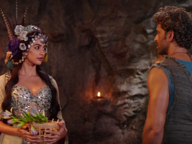 Hrithik's Mohenjo Daro Shredded by Twitter For Not Looking Authentic