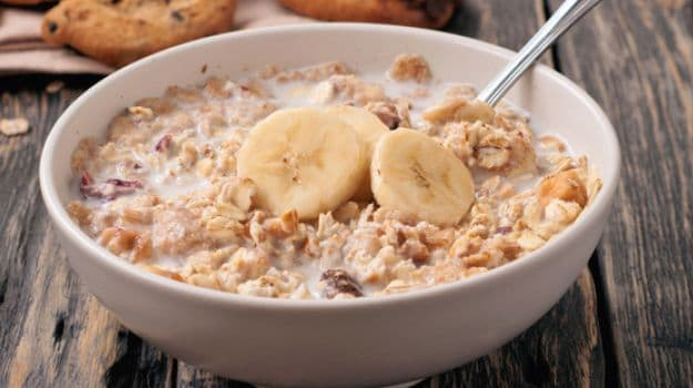 banana, oats, porridge, almonds