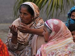 Mother Slits 8 Months Pregnant Daughter's Throat In Pakistan