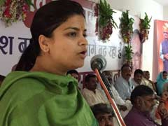 "Poonam Mahajan Flags Farmers' Red, Critics Say ""Government's Anna Moment"""