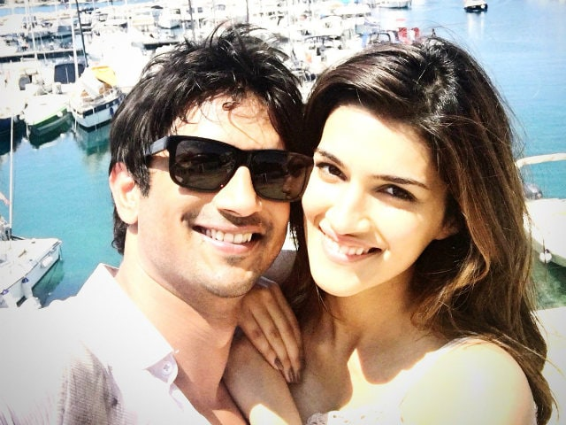 Raabta Co-Stars Kriti and Sushant Wrap Shoot in Budapest With a Selfie