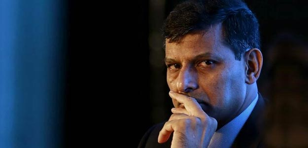 Report On RBI Chief Rajan's Refusal Of Term 2 Hits Forex Markets