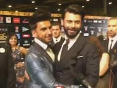 Viral: Ranveer Singh Describes How Women React When They See Fawad Khan
