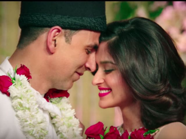 Rustom Trailer: Is Akshay a Wronged Husband or Cold-Blooded Murderer?