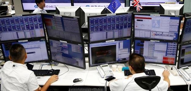 Brexit Impact: Sensex Tumbles Over 1,000 Points, Rupee Past 68/Dollar