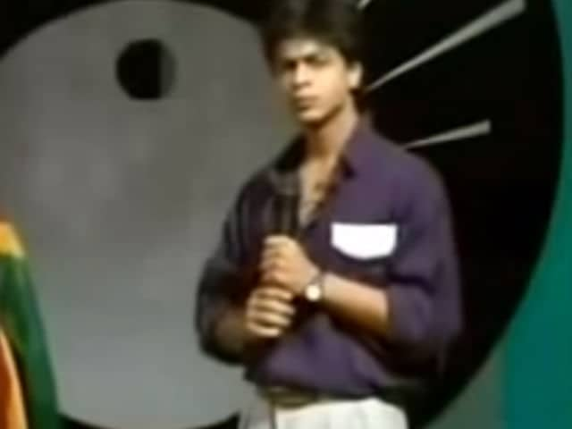 Shah Rukh Khan Anchors Doordarshan Show in Old Video Going Viral