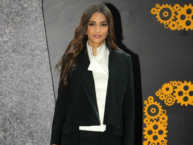 Sonam Kapoor is Not Ashamed of Revealing Her Age