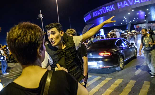 Turkey Police Detain 13 Suspects Over Istanbul Airport Attack