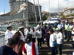 अपनी पहली ऐतिहासिक यात्रा में महिला चालक दल के साथ नौसेना पोत 'महादेई' मॉरीशस पहुंचा