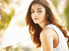 Alia Bhatt Says She is Not Insecure, But 'Sometimes I Feel Vulnerable'