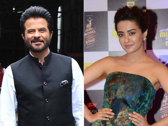What Anil Kapoor Said About His Kissing Scene With Surveen Chawla in 24