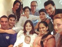 Malaika Arora and Arbaaz Celebrate Eid Together With Khan-<I>Daan</i>