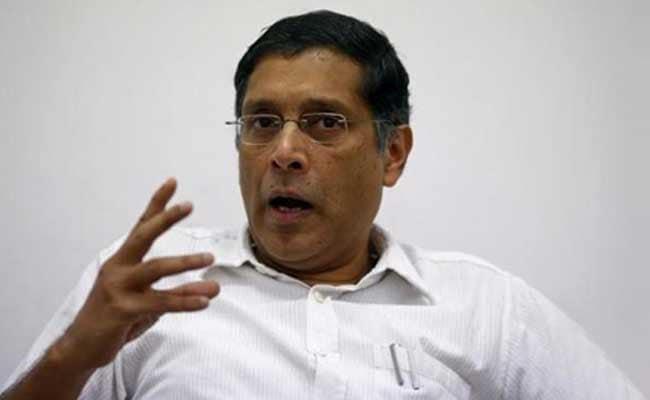 भारत की तुलना में चीन की ऊंची रेटिंग : अरविंद सुब्रमणियन ने की रेटिंग एजेंसियों की आलोचना