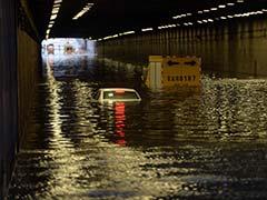 चीन में भारी बारिश से 114 लोगों की मौत, 111 लापता, ढाई लाख लोग बाढ़ में फंसे