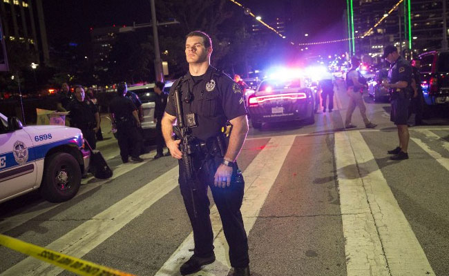 Snipers Shoot 11 Dallas Police Officers During Protest Rally, Killing Four