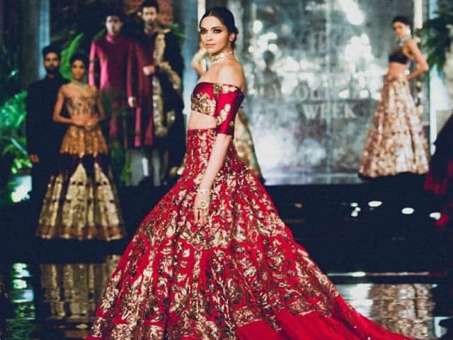 Deepika Padukone Shoots Down Wedding Rumours Like a Boss