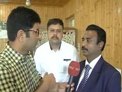 Padma Awardee Retina Surgeon In Kashmir To Treat Pellet Injuries