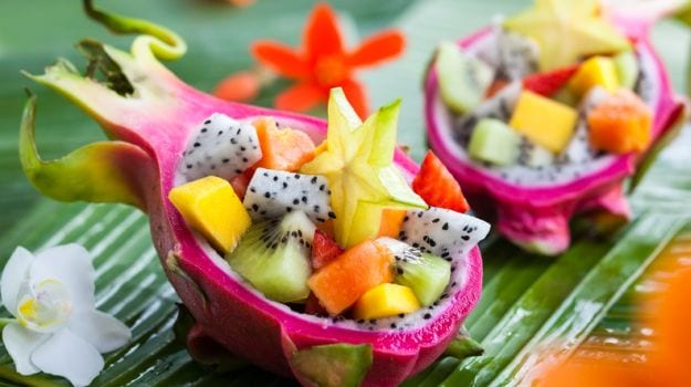 How To Eat Dragon Fruit 5 Delicious Ways To Try It Ndtv Food