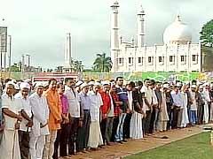 ईद मुबारक : देश भर में आज मनाई जा रही है ईद | राष्ट्रपति, पीएम ने दी ईद की बधाई