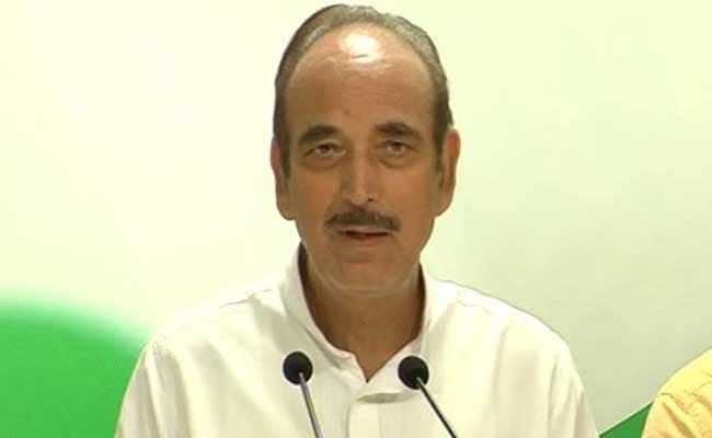 बिहार में बीजेपी ने मुख्यमंत्री का अपहरण कर लिया : गुलाम नबी आजाद