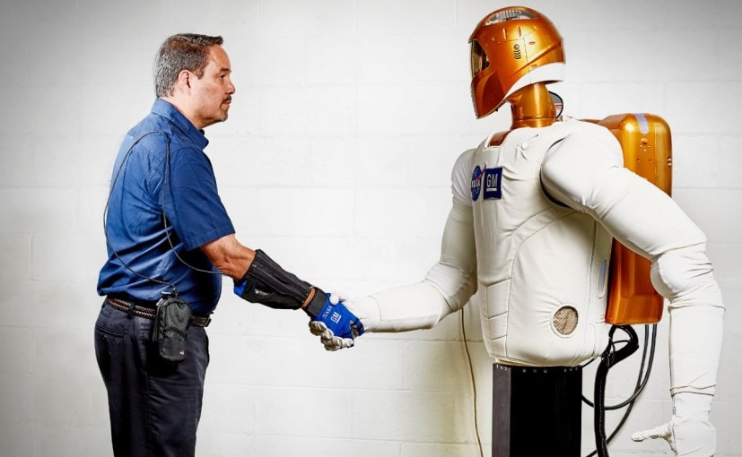 General Motors and NASA Develop 'RoboGlove' a Robotic Glove for Factory Workers
