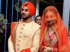 दलेर मेहंदी के बेटे गुरदीप ने NRI मॉडल से की शादी, मीका सिंह ने शेयर की तस्वीरें