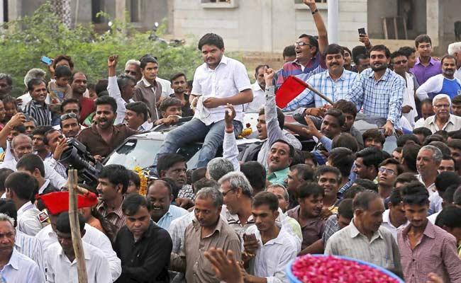 पाटीदार आंदोलन के एक और प्रमुख नेता के इस्तीफे से गुजरात में टूट रहा है आंदोलन?