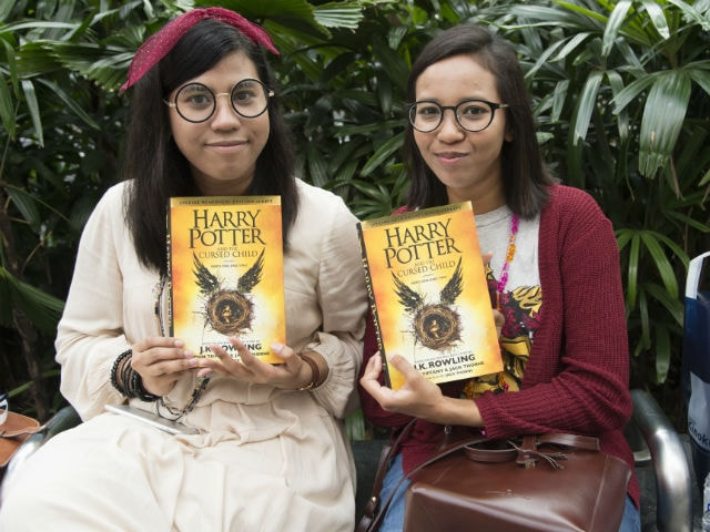 Fans Celebrate Harry Potter's Birthday With New Book, Cursed Child