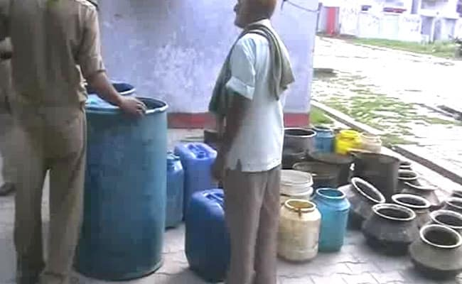 Uttar Pradesh set to bring in death penalty for hooch deaths