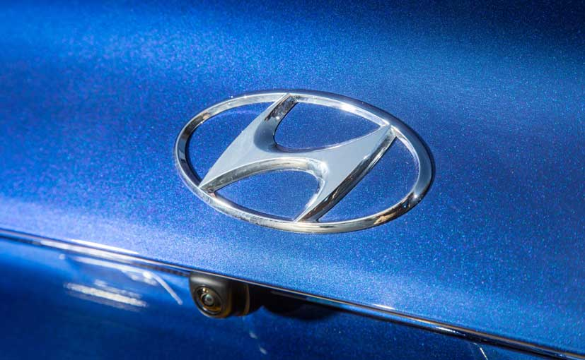 US officials say the Hyundai diesel engines were not certified to meet emissions standards for NOx and PM
