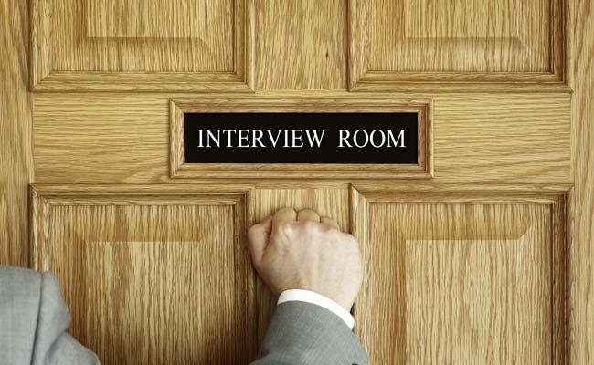 हर जॉब इंटरव्यू में पूछे जाते हैं ये 5 कॉमन सवाल, ऐसे दें इनका जवाब