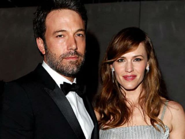 Jennifer Garner, Ben Affleck Reunite for Children