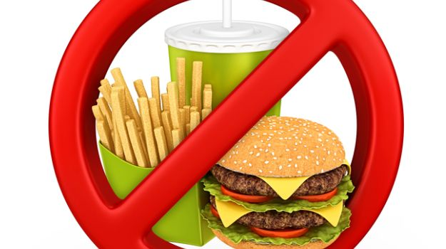 Junk Food Banned From Schools in Punjab