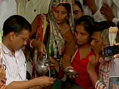 गुजरात के उना में पुलिसकर्मी की हत्या के आरोपी दलित से केजरीवाल की मुलाकात पर हंगामा