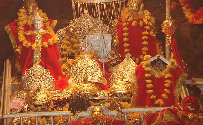 सिर्फ वैष्णों देवी ही नहीं, मां दुर्गा के ये 7 मंदिर भी हैं बेहद प्रसिद्ध