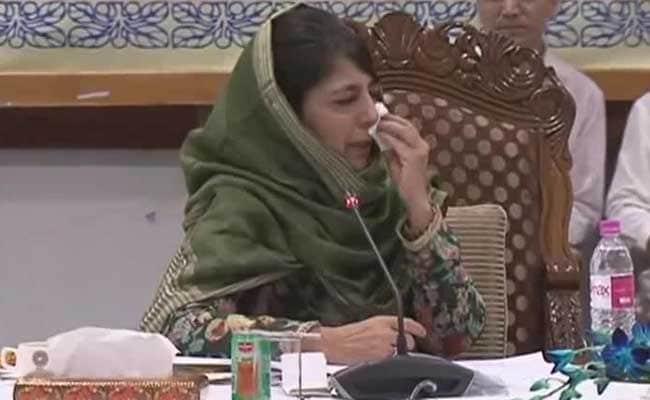 जम्मू-कश्मीरः राज्यपाल सत्यपाल मलिक ने लिए तीन ऐसे फैसले, जिस पर भड़क उठीं महबूबा मुफ्ती