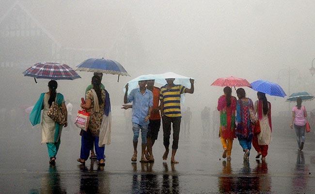 मानसून: बारिश सामान्य से चार प्रतिशत अधिक, बिजली गिरने से यूपी में दो की मौत