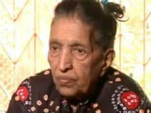Singer Mubarak Begum Dies at 80