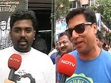 For <I>Kabali</i>, Mumbai's Rajini Fans Lined up Outside Aurora Talkies at 4 AM