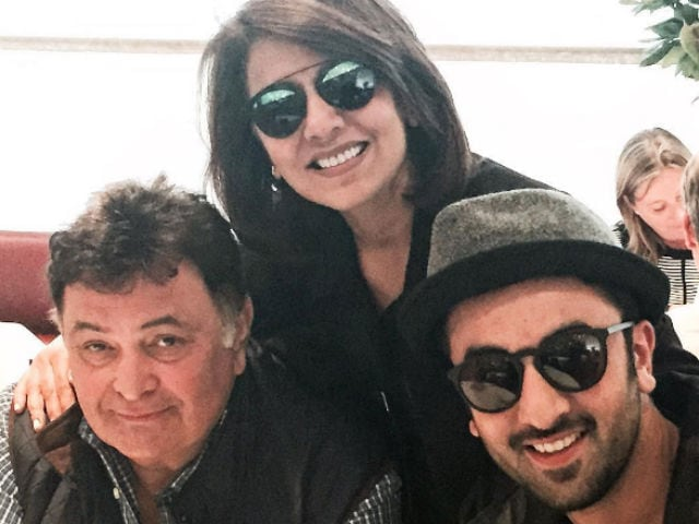 Neetu Singh Celebrates Birthday With Rishi Kapoor, Ranbir And Riddhima
