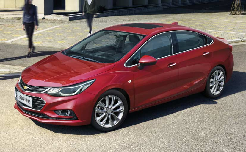 New Chevrolet Cruze Side