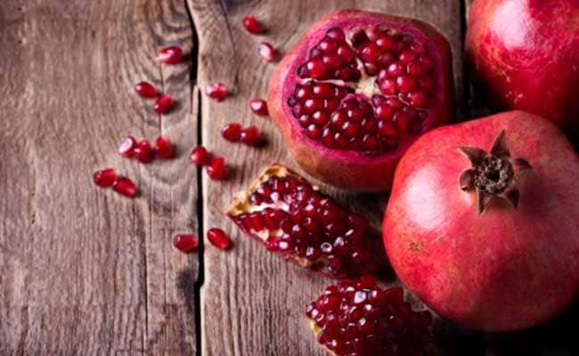 Weight Loss: Here's How Drinking Pomegranate(Anaar) Juice Daily May Help Weight Loss