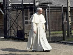 Pope Francis Visits Auschwitz, Begs God To Forgive 'So Much Cruelty'
